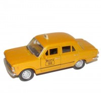 Auto 1:34 Welly Fiat 125P TAXI