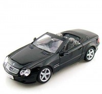 Auto 1:24 Welly MERCEDES SL500 čierny