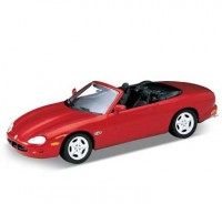 Auto 1:24 Welly JAGUAR XK8