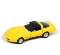Auto 1:34 Welly 1982 Chevrolet Corvette Coupe žltá