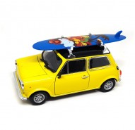 Auto 1:24 Welly MINI Cooper With Surfboard